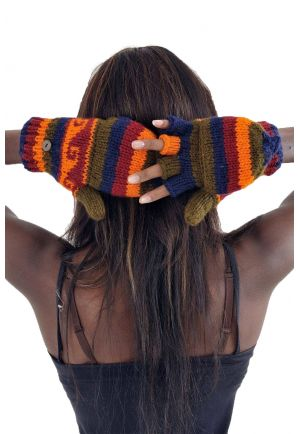 100% soft wool gloves with multi-coloured fleece lining